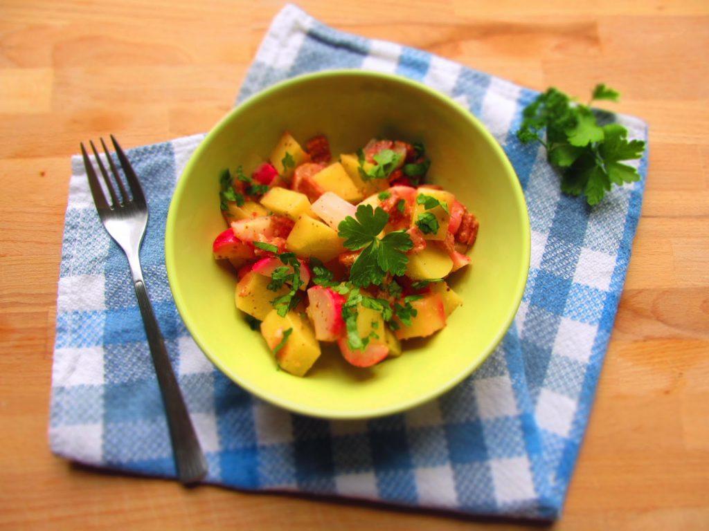 Kartoffel-Radieschen-Salat mit süßem Senf
