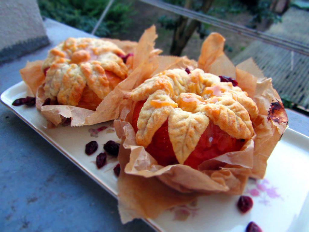 Herbstlicher Bratapfel mit Cranberry-Quark-Füllung