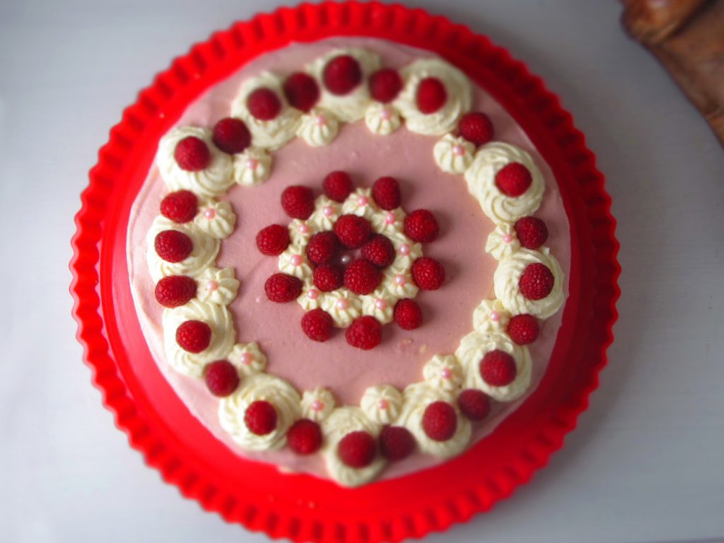 Himbeer-Sekt-Torte