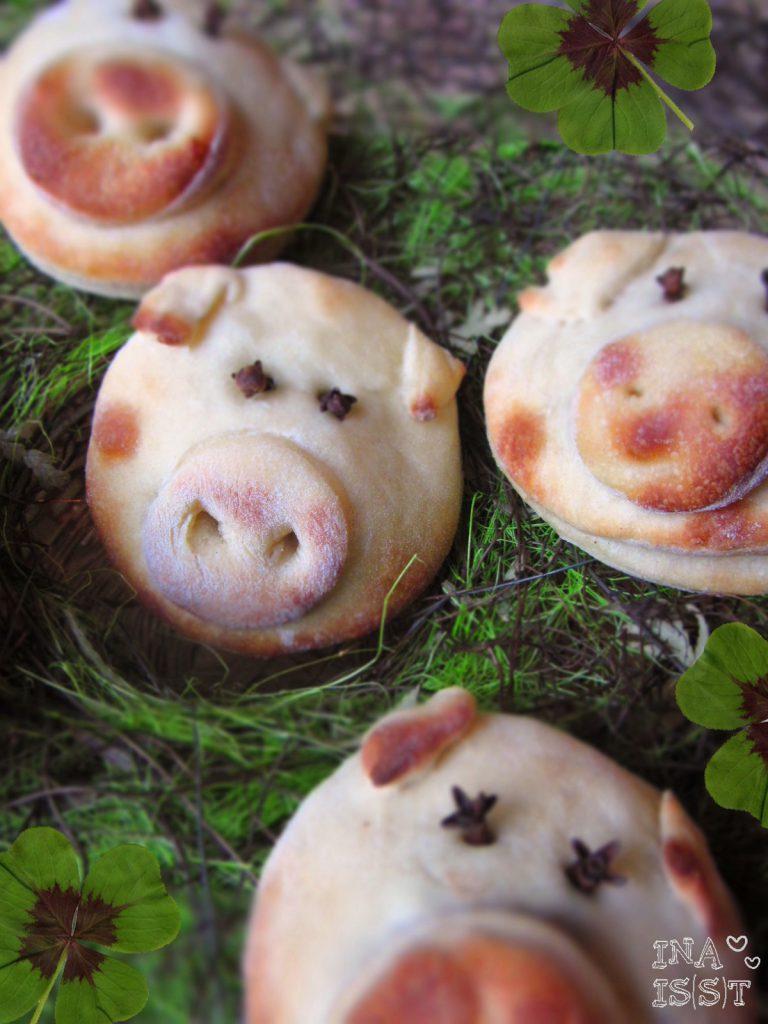 Glücks-Hefeschweinchen für's neue Jahr