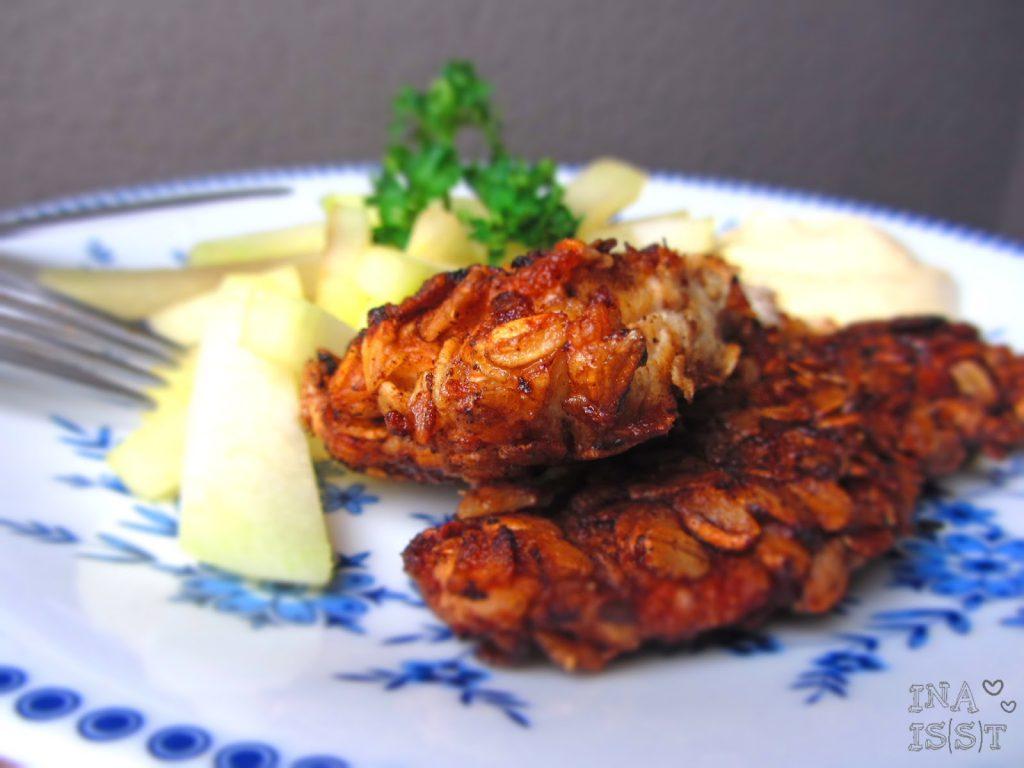 Putenschnitzel mit Haferflockenpanade und Kohlrabi-Pommes