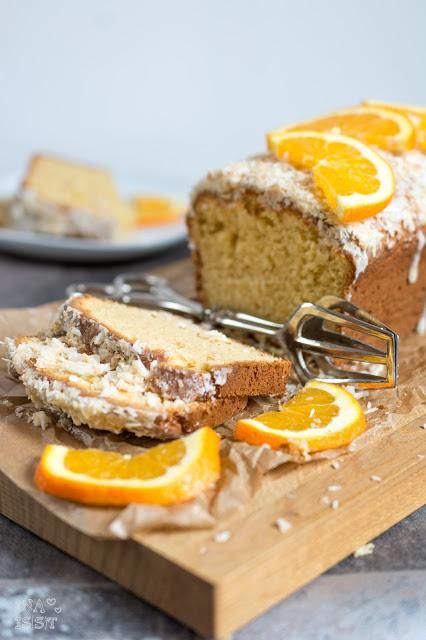 Einfacher Orangen-Kokos-Kuchen, Quick and easy orange cake with coconut