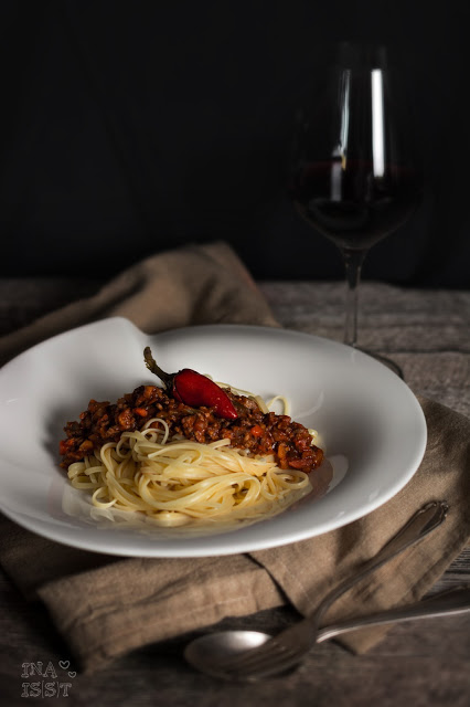 Scharfe Paprika-Pfefferoni-Bolognese, Hot chili pepper bolognese