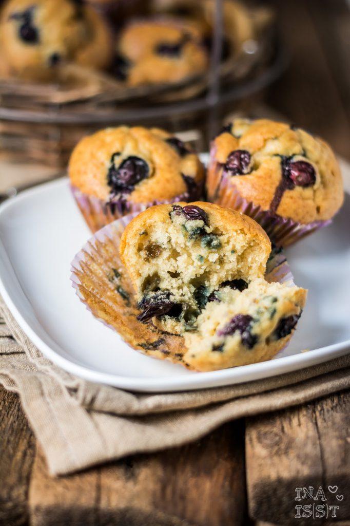 Vanille-Blaubeermuffins Blueberry Muffins with Vanilla Heidelbeermuffins Vanillemuffins mit Blaubeeren