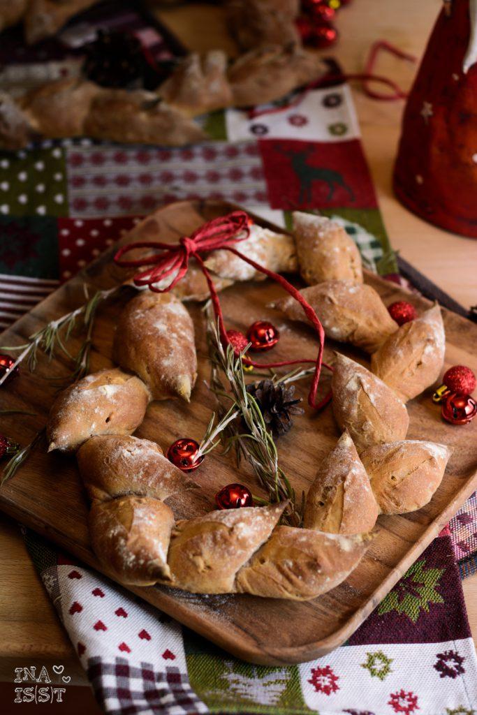 Weihnachtsbrot - Pain d'épi mit Walnüssen und Rosmarin