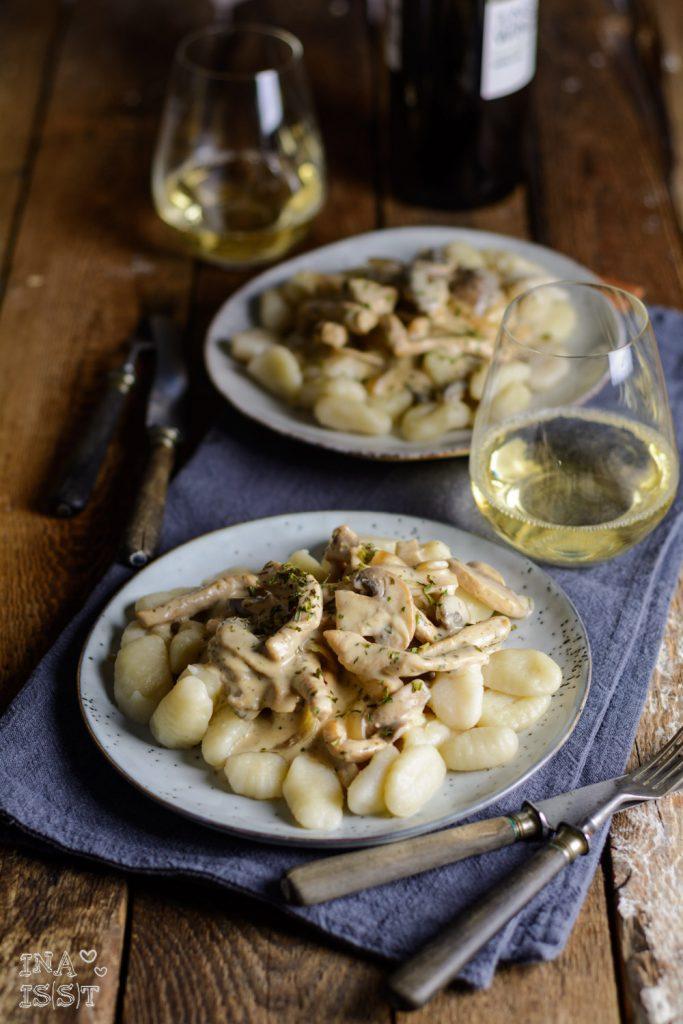 Champignon-Schnitzel-Pfanne mit Gnocchi