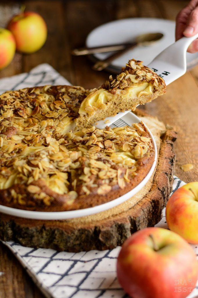 Schneller Apfel-Mandelkuchen mit Vollrohrzucker, Apfelkuchen, Einfacher Apfelkuchen