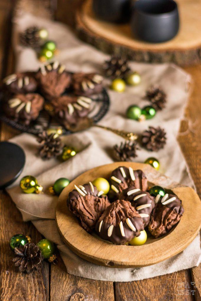 Süße Bärentatzen mit Schokolade und Sauerkirsch Marmelade, Ina Is(s)t, Rezept Bärentatzen