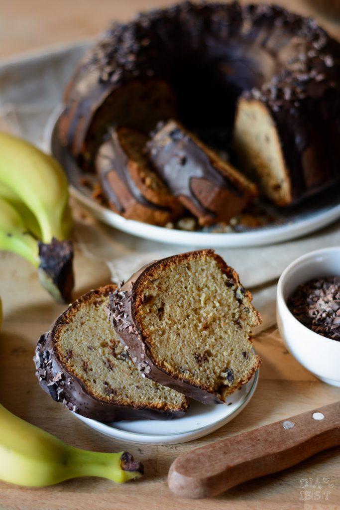 Bananen-Schoko-Kuchen mit rohen Kakaonibs, Ina (s)st, Bananenkuchen, Schokokuchen mit Banane