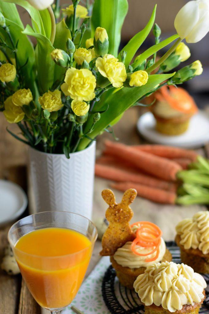 Carrot Cake Cupcakes mit Walnuss-Krokant Häschen, Osterbrunch, Oster Muffins