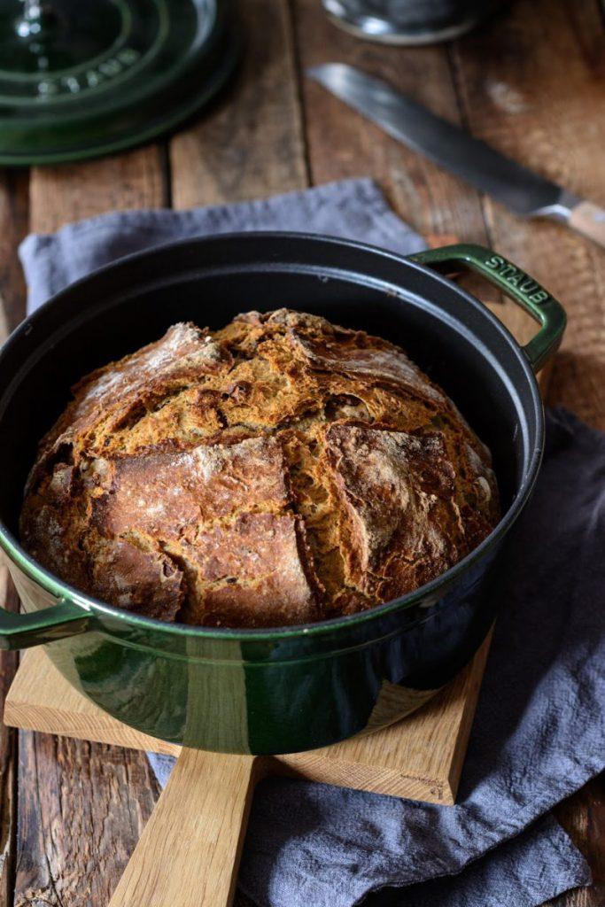 Rezept No Knead Walnussbrot mit Umami aus der Cocotte, Zwilling, Cocotte Brot