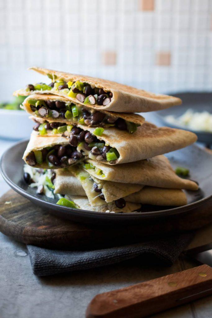 Rezept für Quesadilla mit Lauch und schwarzen Bohnen