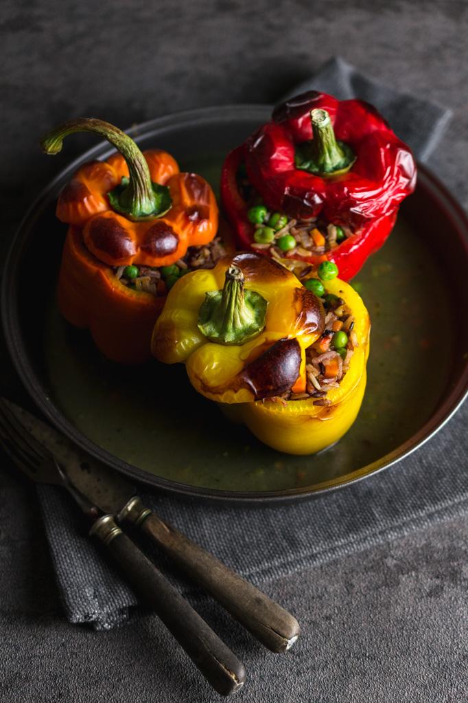 Rezept vegetarisch gefüllte Paprika mit Reis und Erbsen