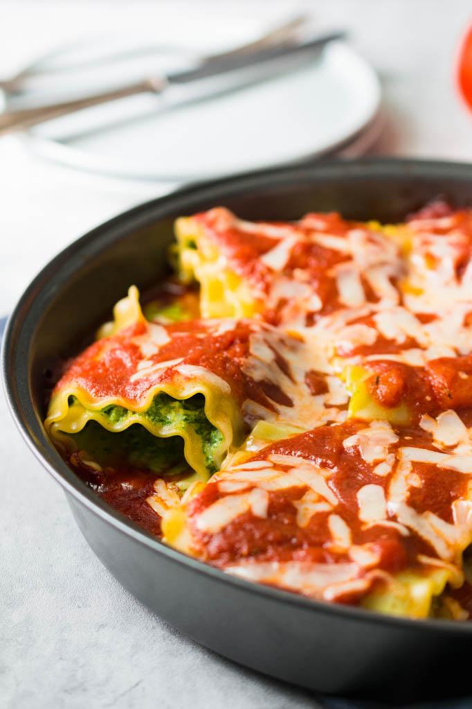 Lasagne Rollen mit Spinat und Käsefüllung