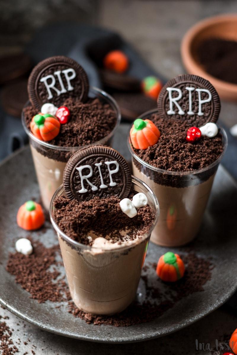 Halloween Dessert: Gruselige Mousse au Chocolate