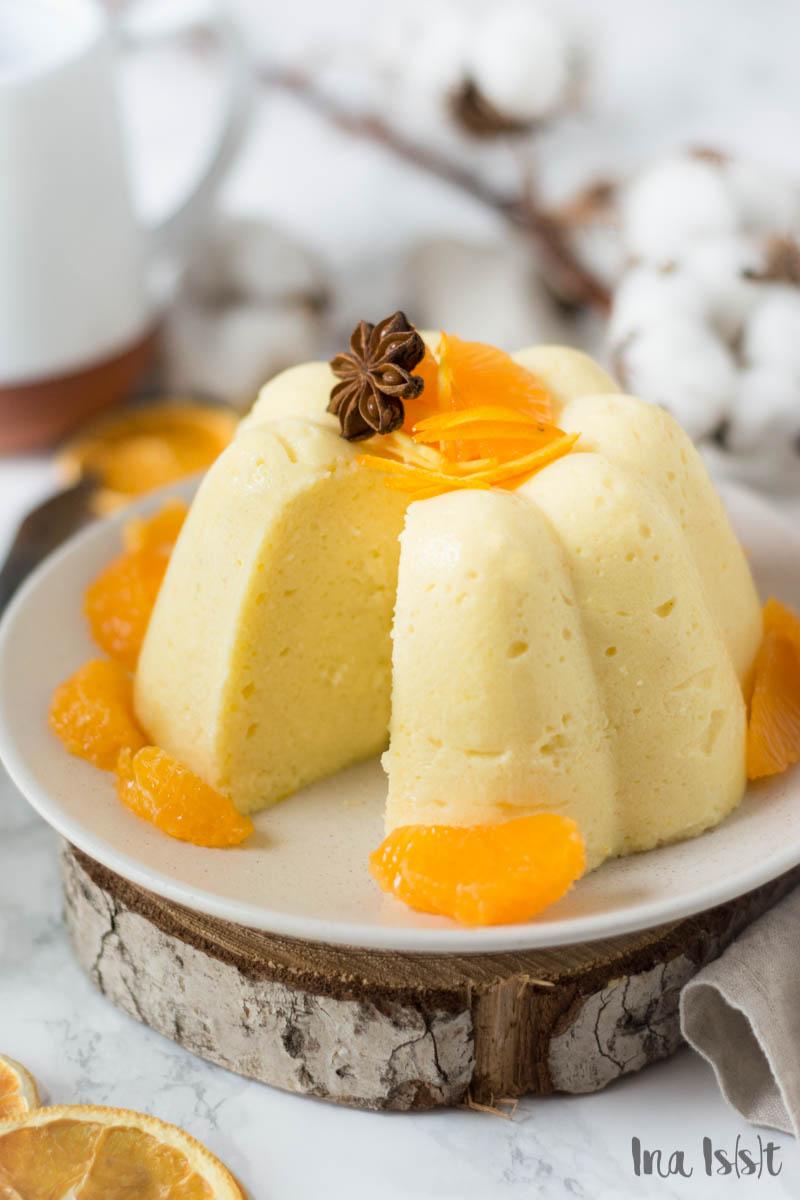 Weihnachtlicher Orangen-Grießpudding