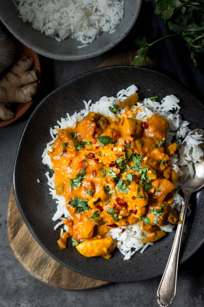 Einfaches indisches Tikka Masala mit Hühnchen und Reis, Masala Rezept aus Indien