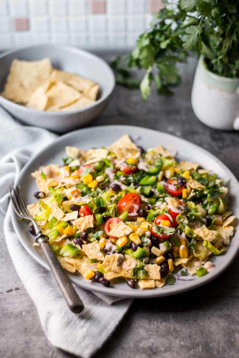 Rezept Mexikanischer Tortilla Chips Salat mit Salsa Ranch Dressing