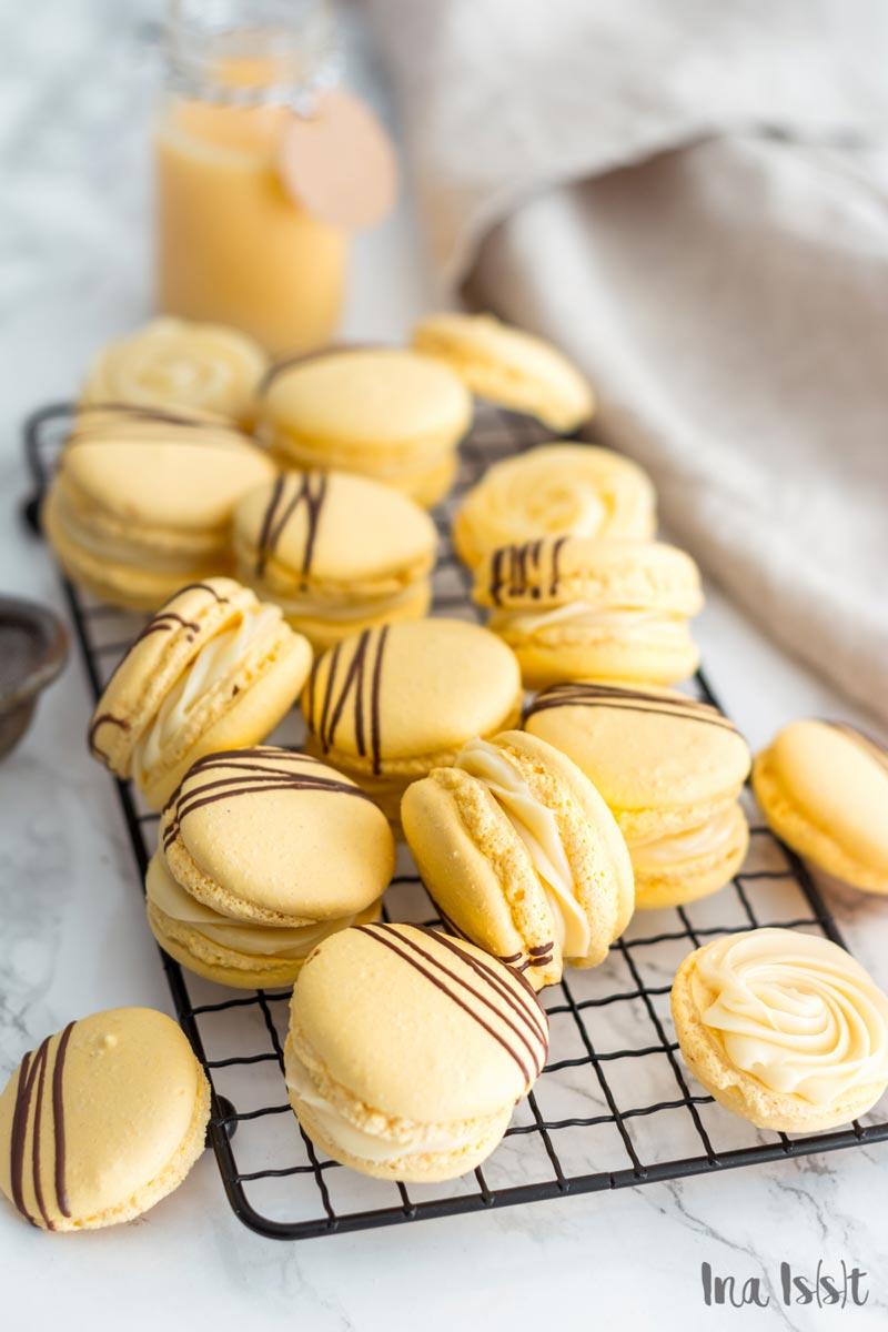 Französische Macarons mit Eierlikör Füllung, Macarons selber machen, Oster Macarons