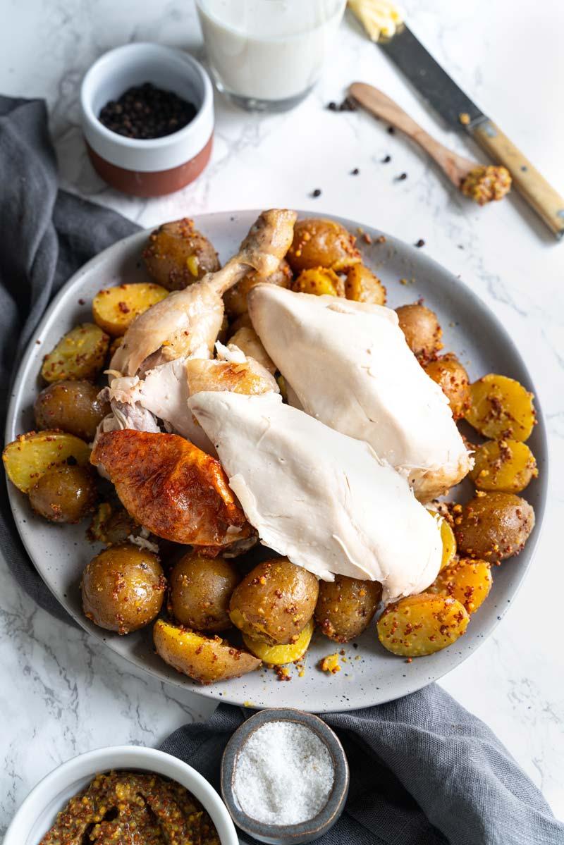 Einfaches Buttermilch-Hähnchen mit Senf-Kartoffeln, Hähnchen aus dem Ofen, Brathähnchen mit Buttermilch, #hähnchenrezept