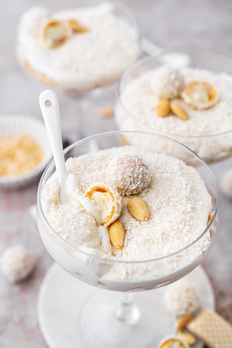 Raffaello Creme Dessert im Glas, Dessert im Glas, Kokos Dessert, Kokoscreme, #raffaello, #kokosdessert